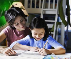 Faire du baby-sitting régulier ou occasionnel : un job qui peut bien s'adapter aux études.