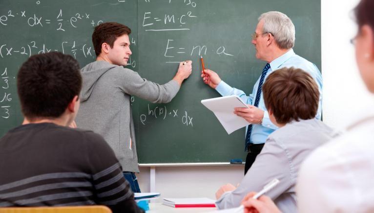 Les mathématiques sont une matière fondamentale pour entrer en école de commerce.