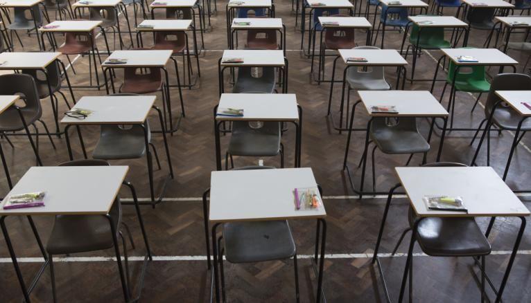 Les protocoles sanitaires dans les centres d'examens devront être soigneusement respectés.