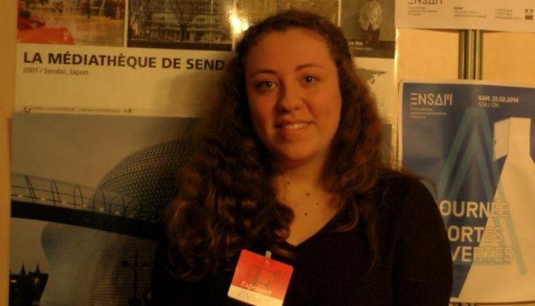 """Fanny 18 ans étudiante en première année d'école d'architecture à l'Ensam de Montpellier : """" En école d'archi, je vis, je pense et je dors pour le projet."""""""
