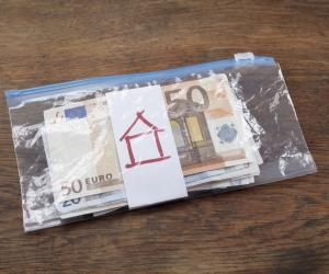 Les boursiers passés par Parcoursup qui étudieront loin de chez eux pourront recevoir 500 € d'aide.