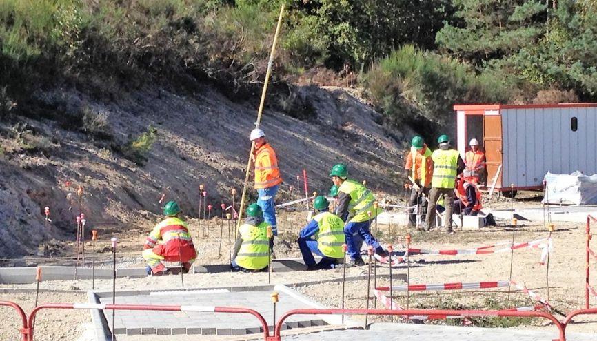 Le secteur des travaux publics prévoit 200.000 embauches dans les 5 ans à venir. La Fédération nationale des travaux publics veut former 12.000 apprentis par an. //©Etienne Gless