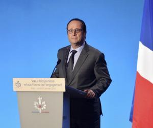 François Hollande souhaite que 350.000 jeunes passent par le service civique d'ici trois ans.