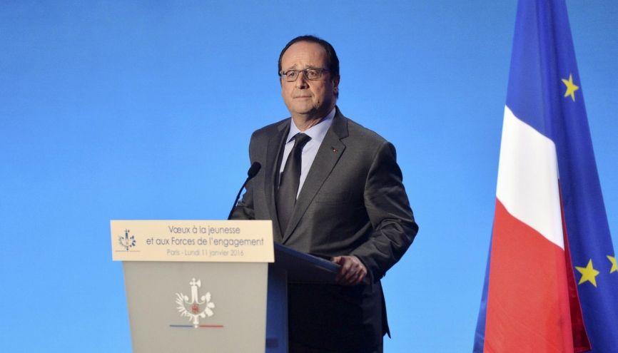 François Hollande souhaite que 350.000 jeunes passent par le service civique d'ici trois ans. //©christian liewig pool REA
