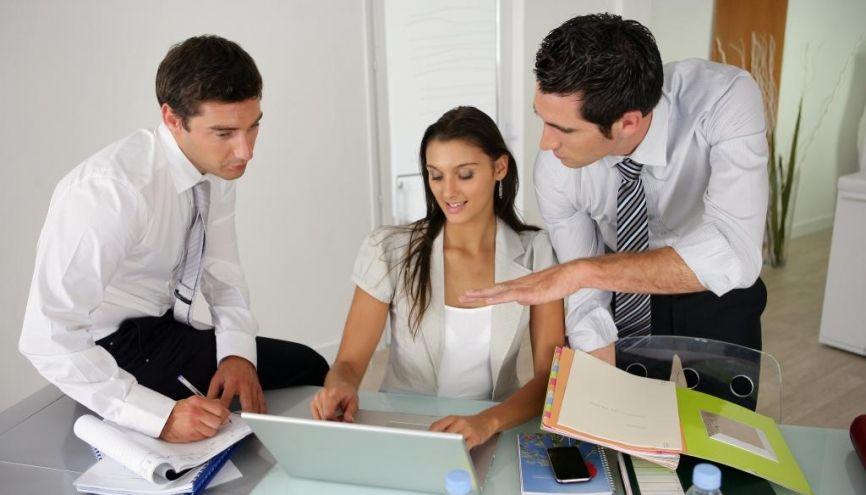 Dans leur vie professionnelle, hommes et femmes n'ont pas les mêmes attentes. //©Phovoir