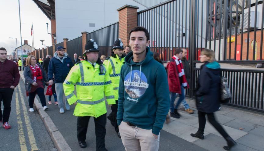 Simon habite à quelques minutes d'Anfield Road, stade mythique du Football Club de Liverpool. //©Lionel Derimais pour l'Etudiant