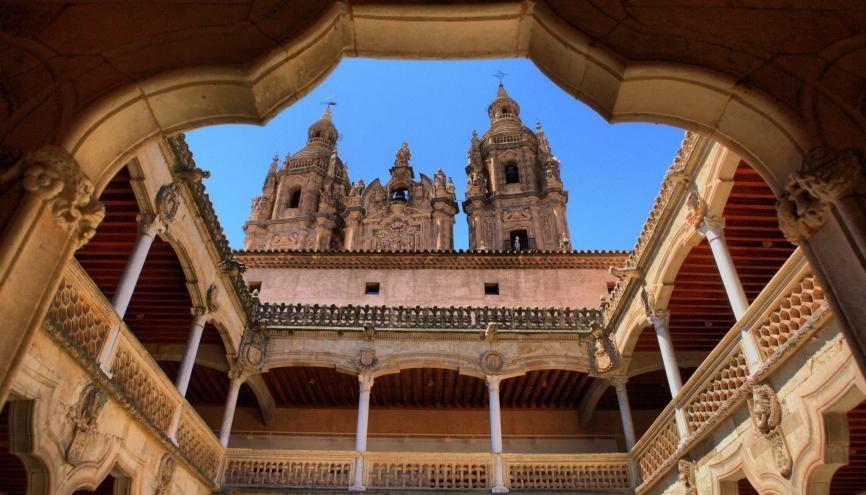 Malgré une vie quotidienne des plus agréables, en Espagne, l'université c'est du boulot ! //©Juan Aunion/Fotolia