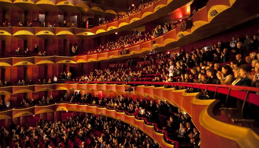Alexy a commencé en CDD à l'Opéra de Lyon. Il est aujourd'hui en CDI en temps partiel annualisé. //©KARSTEN MORAN/The New York Times-REDUX-REA