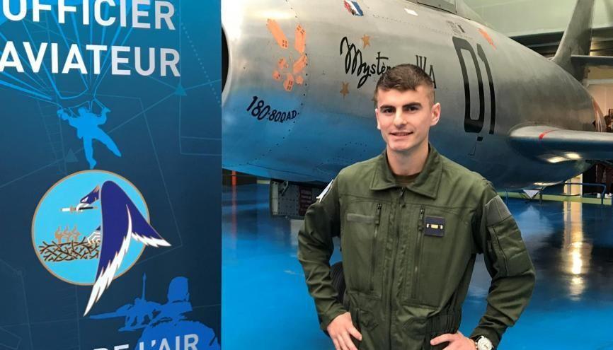 Alexandre, 20 ans, élève en première année à l'Ecole de l'air a rêvé de devenir pilote militaire en lisant les BD de Buck Danny et Tanguy et Laverdure //©Etienne Gless