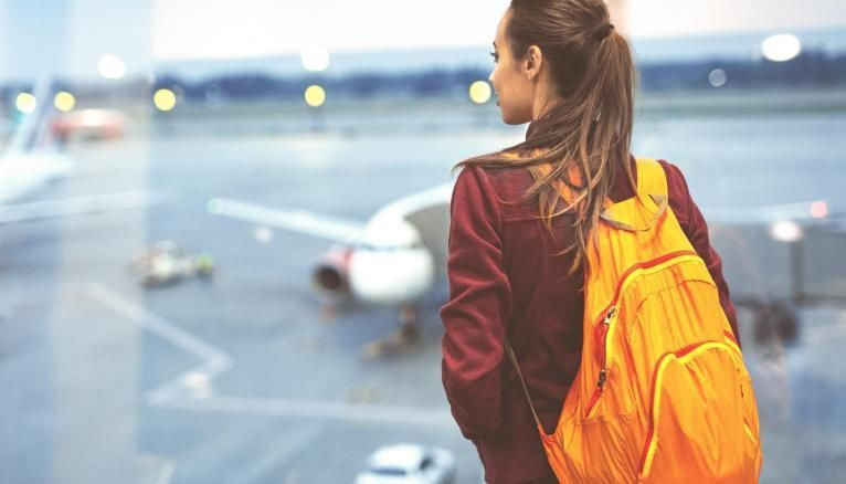 Si les étudiants internationaux vont pouvoir revenir séjourner en France, la question des transports, et notamment des vols, subsiste.