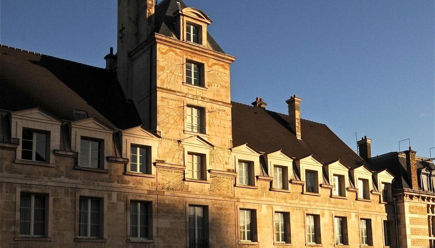 Chaque année, plus de 6.000 candidatures sont envoyées à Louis-le-Grand, l'une des voies royales menant à Polytechnique, l'ENS Ulm ou HEC. //©Lycée Louis-le-Grand