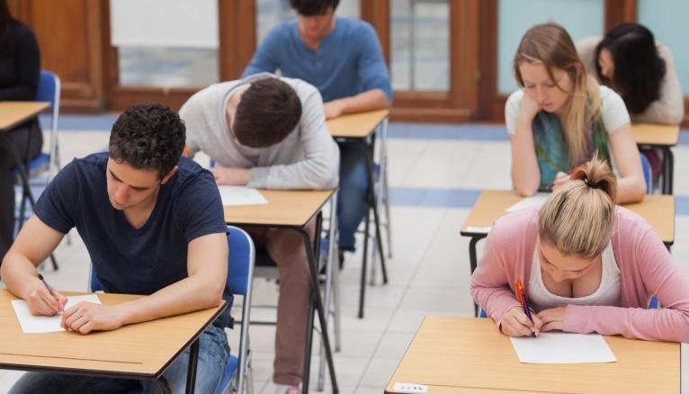 Les inscriptions aux concours des écoles de commerce post-prépa en 2020 sont stables.