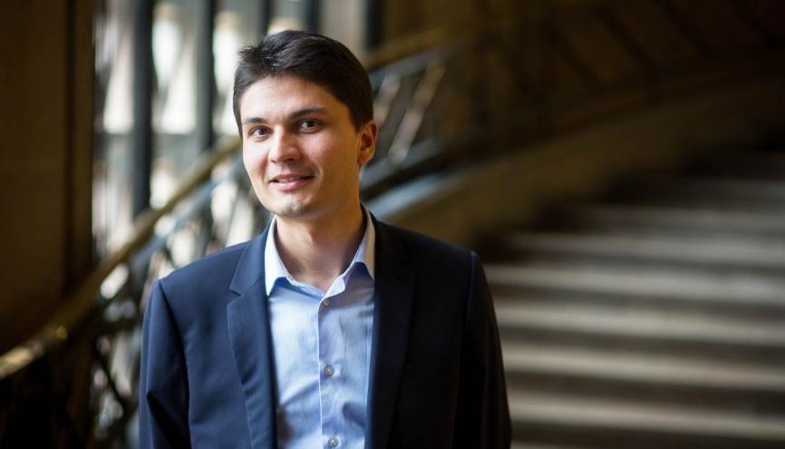 Gilles Vanderspooten est directeur de Reporters d'espoirs depuis trois ans. //©Julie Balagué pour l'Étudiant