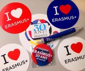 1.025 établissements d'enseignement supérieur en France proposent des mobilités Erasmus+. Près des 3/4 des demandes sont satisfaites.
