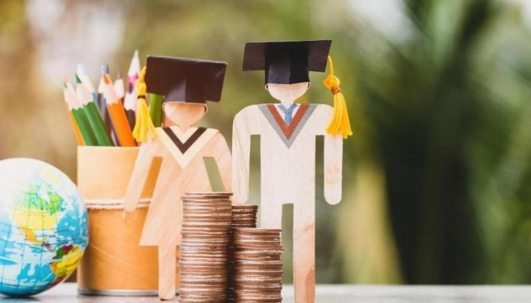 Les dépenses des étudiants en école de commerce sont plus en plus élevées.