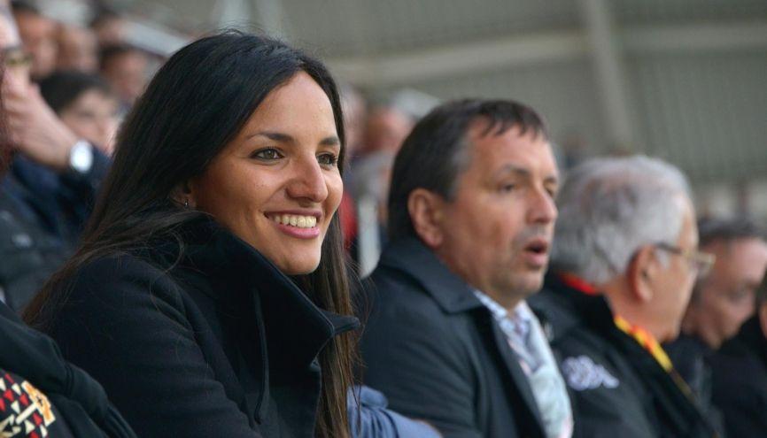 Malgré son jeune âge, Sonia Souid, 29 ans, gère déjà une trentaine de joueurs et d'entraîneurs de foot sous contrat. //©Rémi Boissau pour l'Etudiant