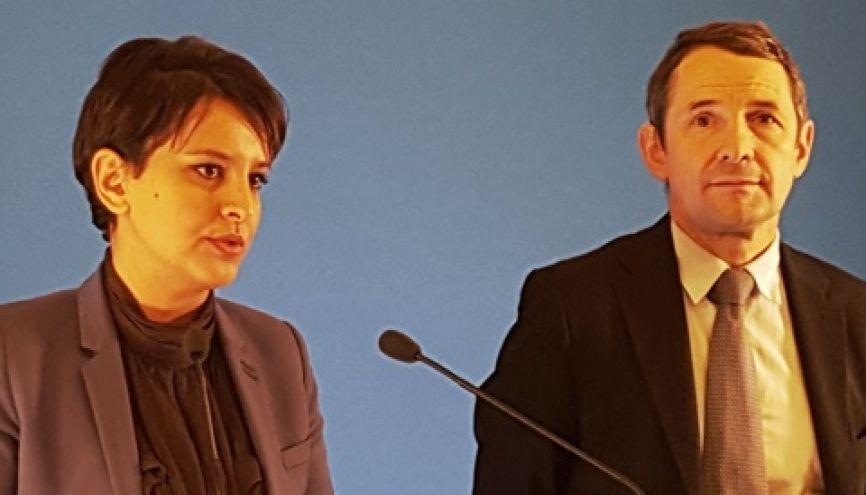 Najat Vallaud-Belkacem et Thierry Mandon lors de la conférence de presse spécial APB, le 8 décembre 2015, à Paris. //©Natacha Lefauconnier