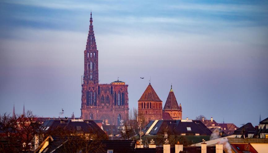 """Strasbourg, """"capitale"""" de la région Grand Est, attire 50.000 étudiants. //©MARC MEINAU/Adobe Stock"""