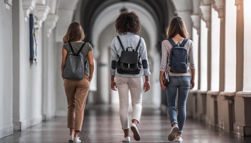 Les premiers étudiants de l'École universitaire Paris-Saclay feront leur rentrée en septembre. //©georgerudy/Adobe Stock