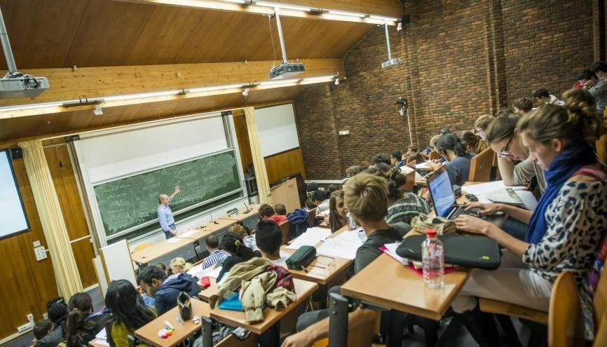 Les élèves intégrés à l'ENSAE ont une note moyenne au bac de 17,4. //©Agathe Cazard /ENSAE ParisTech