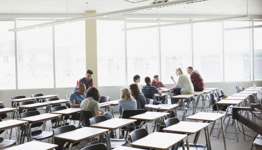 Ce qui se dessine pour le bac et le lycée : une bonne chose ? Partagez votre avis. //©plainpicture/Hero Images