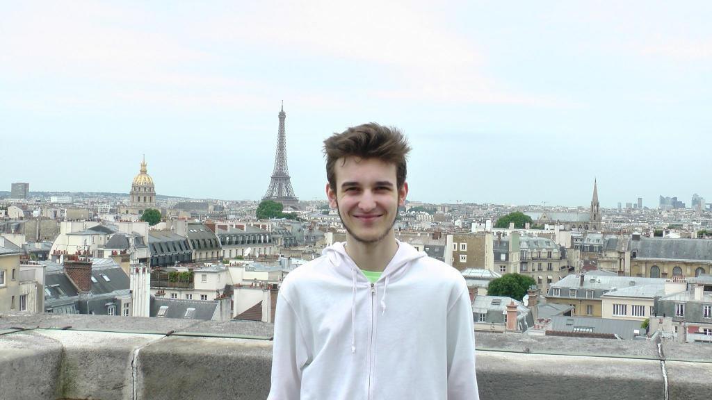 """Tristan : """"Je suis fixé sur mon choix d'orientation dans le domaine informatique et je commence un DUT informatique"""".  //©Etienne Gless"""