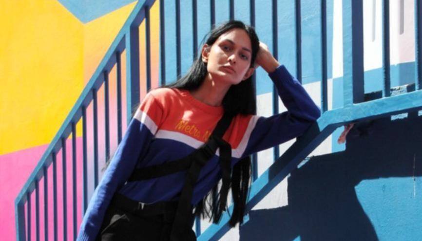 Stylisme + photographe : Marie Chaubet / Vêtements : Kimberly Segianto //©Marie chaubet