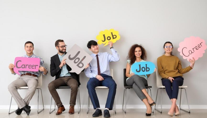 Découvrez plusieurs conseils si dans quelques mois vous allez vous lancer dans le monde du travail. //©Pixel-Shot / Adobe Stock