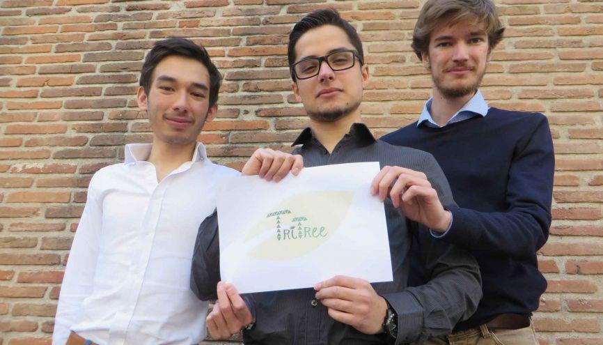 Maxime, Timothée et Victorien (de gauche à droite) forment l'équipe de TriTree. //©TriTree