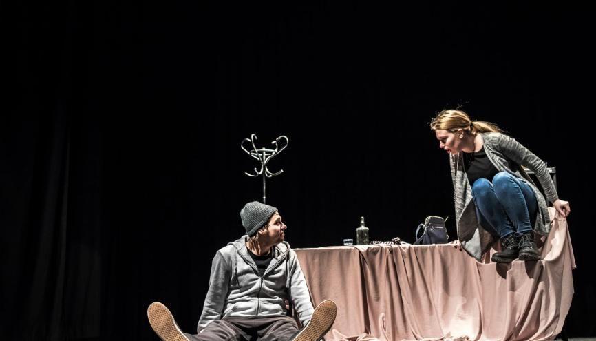 Acteur, mais aussi scénographe, régisseur : les métiers des arts du spectacle sont nombreux et variés. //©Matija Kerber/iStock