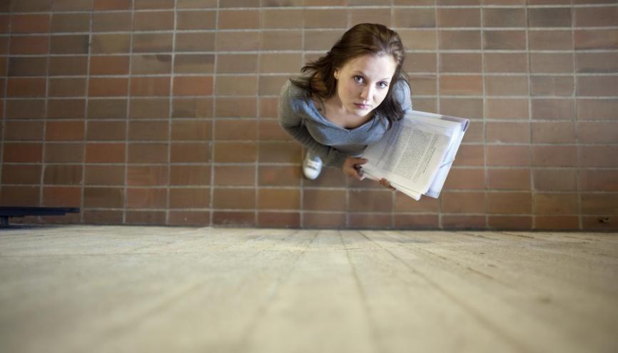 Chacun des quatre exercices du TOEFL est une épreuve à franchir. À vous de savoir les gérer l'une après l'autre, dans la foulée des 4heures 30 que dure le test. //©plainpicture/André Schuster