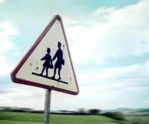 S'éloigner ou renoncer ? Pour suivre une spécialité précise au lycée, en zone rurale, il faudra parfois se décider.