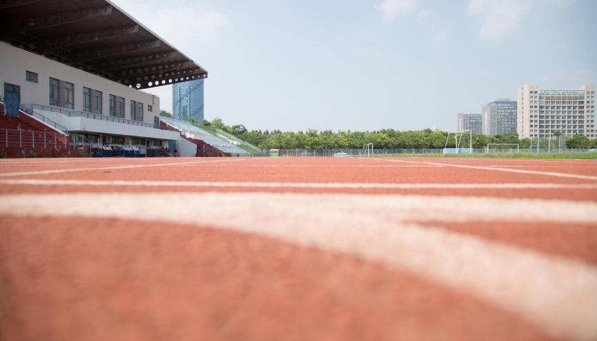 Malgré le confinement, les futurs étudiants en STAPS devront conserver une bonne forme physique. //©Adobe StocK/草房子摄影工作室