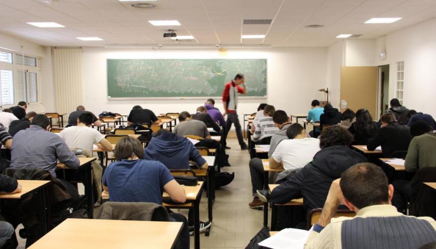 L'organisation des études à la fac n'a rien à voir avec celle du lycée. //©Camille Stromboni