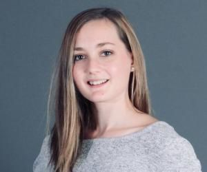 Tiffanie envisage d'entrer dans une école du secteur social pour devenir monitrice-éducatrice.