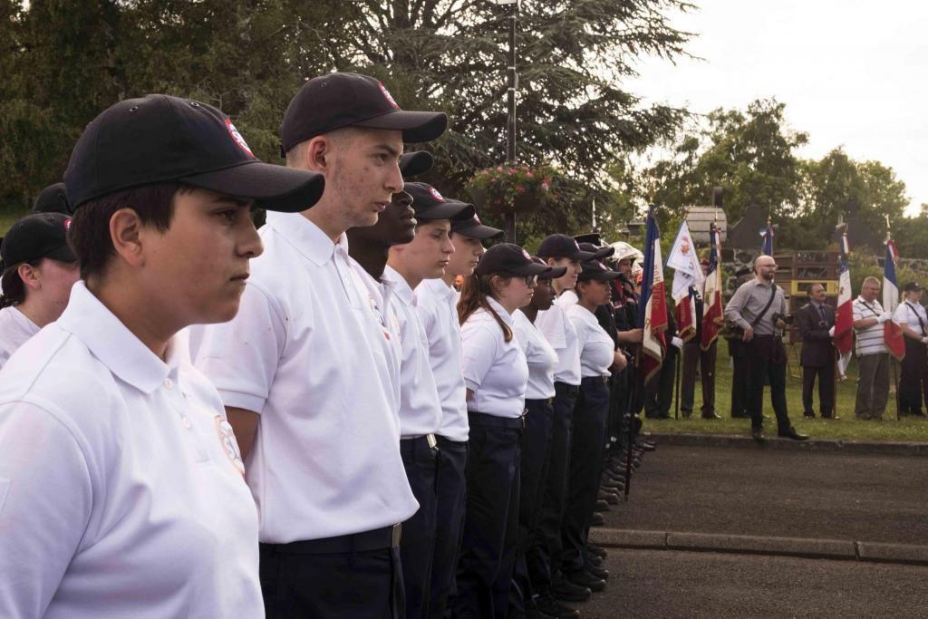 Levée des couleurs tous les matins pour les volontaires du SNU. //©Photo fournie par le témoin