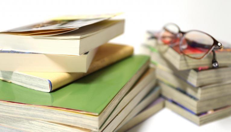 En France, 80 lycées publics et privés proposent une khâgne LSH.