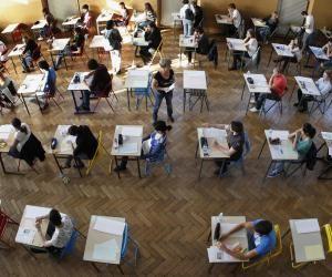 Les pays européens ont adopté des modalités différentes concernant l'organisation des examens.