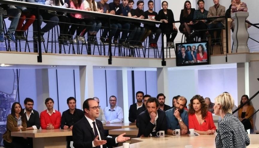 François Hollande annonce sur Canal + que les jeunes de moins de 25 ans bénéficieront de la future prime d'activité //©Présidence de la république