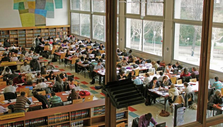 L'université de Clermont-Ferrand affiche, avec celles de Caen et de la Polynésie française, l'un des meilleurs taux de réussite au concours d'odontologie.