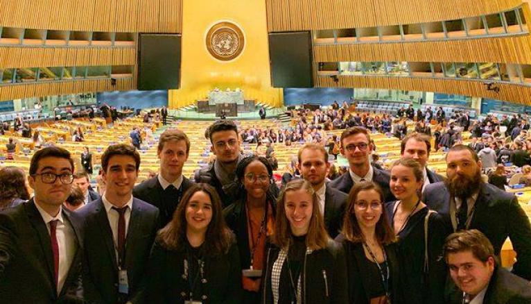 Des étudiants de l'ILERI qui ont participé à la simulation organisée à New York au siège de l'ONU.