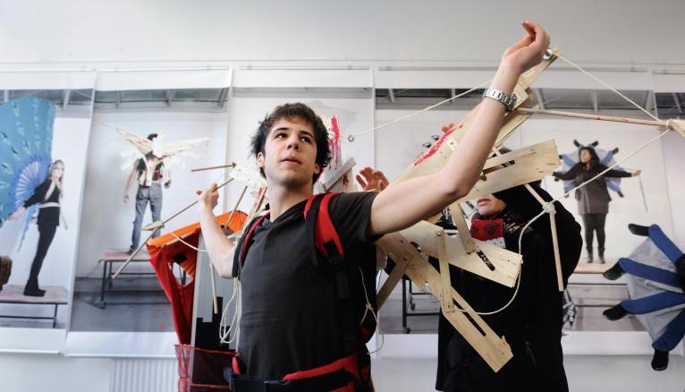L'ENSAAMA-Olivier-de-Serres, avec ses formations allant de la MANAA au master, demeure l'une des grandes références de l'enseignement des arts appliqués, toutes disciplines confondues.
