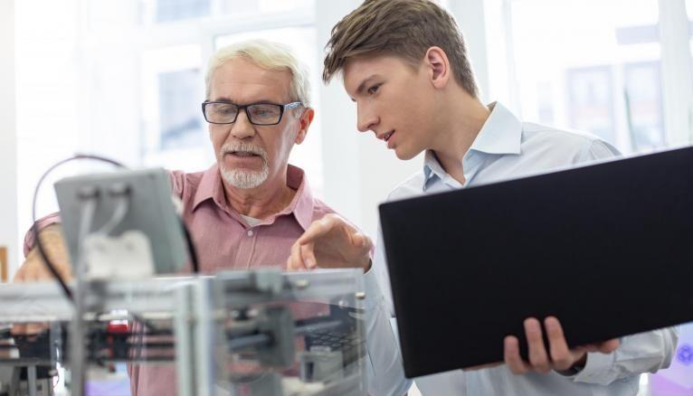 Dans la majorité des écoles d'ingénieurs, l'apprentissage est associée au choix d'une spécialité.