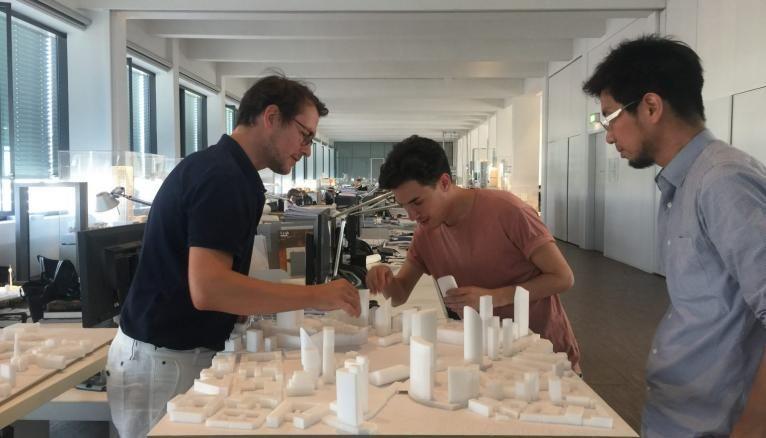 A quoi ressemble une journée de travail typique pour un architecte?