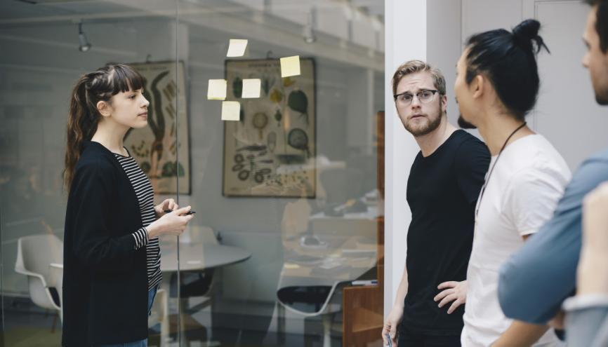 Créer son entreprise pendant ses études : une ambition qui devrait être facilitée par de nouvelles mesures. //©plainpicture/Maskot