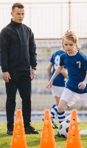 Professeur d'EPS, coach, préparateur physique... Les études de STAPS permettent d'envisager un large panel de métiers autour du sport.