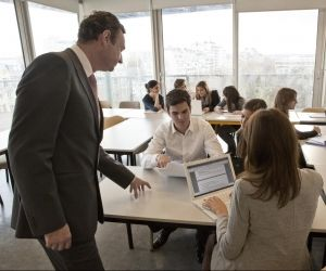 Certaines spécialités de master de l'université sont plus ouvertes que d'autres à l'alternance.