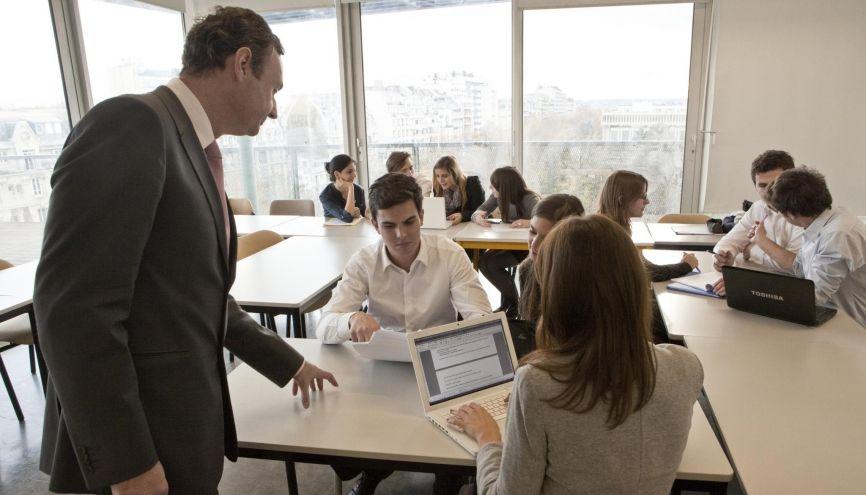 Certaines spécialités de master de l'université sont plus ouvertes que d'autres à l'alternance. //©Université Paris-Dauphine