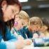 Etudiants en train de passer un examen //©Shutterstock