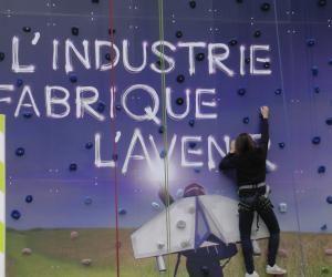 L'industrie française va recruter et former 250.000 personnes chaque année dans les 5 ans à venir